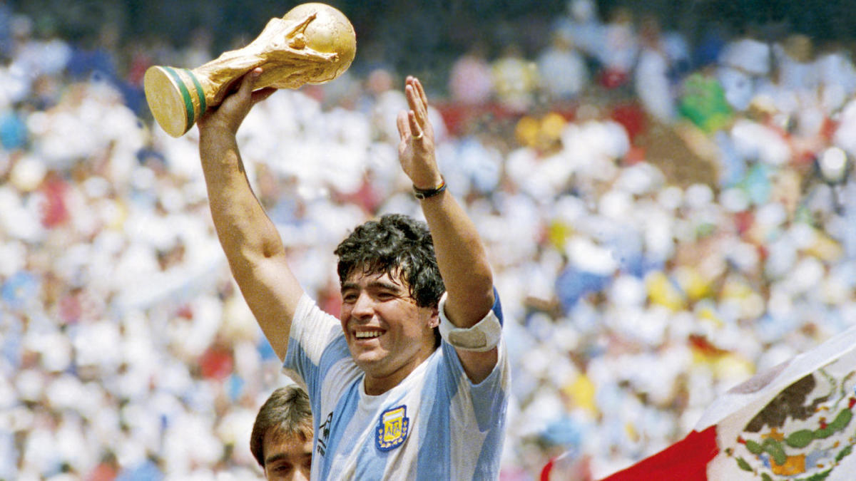 Diego Maradona, legendary Argentina superstar, global soccer icon, dies at  age 60 - CBSSports.com